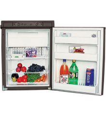 Dometic RM2350 90 litre caravan fridge - interior view
